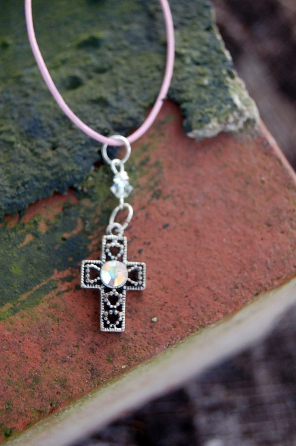 Delicate Cross